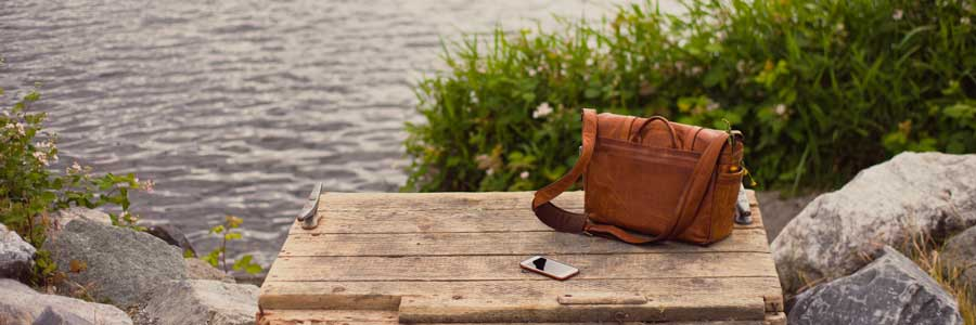 Is a messenger bag good for back health?